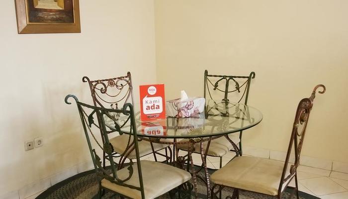 NIDA Rooms Taman Mini Pasar Minggu - Interior