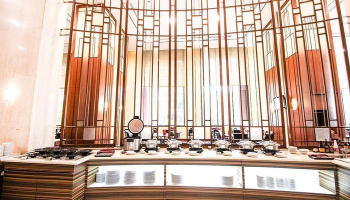 Redtop Hotel & Convention Center Jakarta - Buffet Gallery Restaurant