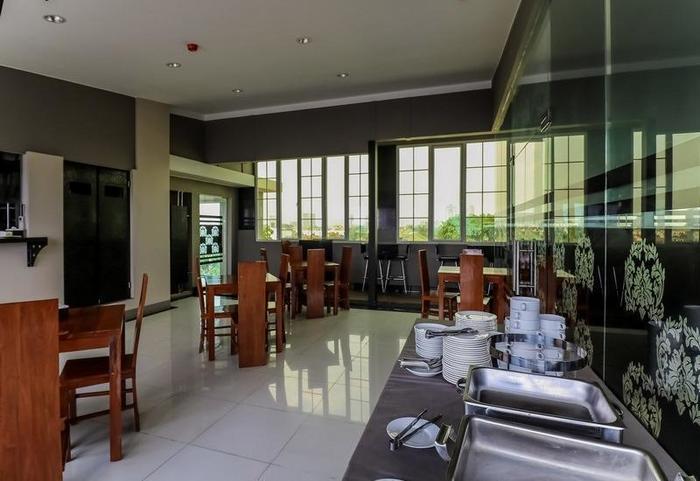 NIDA Rooms RS Bunda Thamrin Medan - Restoran