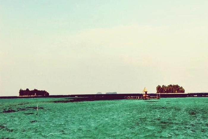 Arys Lagoon Karimunjawa Jawa Tengah - Pantai