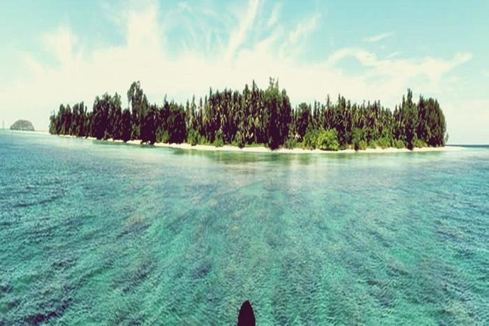 Arys Lagoon Karimunjawa Jawa Tengah - Cendekian Island