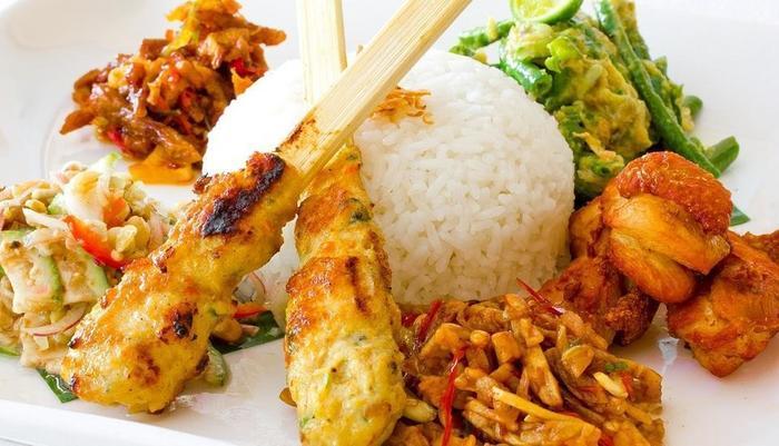 The Rani Hotel & Spa Bali - Makanan Bali