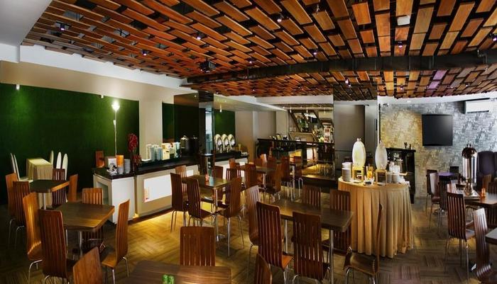 favehotel Graha Agung Surabaya - Tectona Grandis