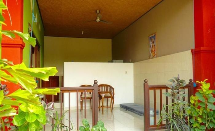 C'est Bon Homestay 2 Bali - Kamar Tidur Pemandangan Taman - dapur terbuka