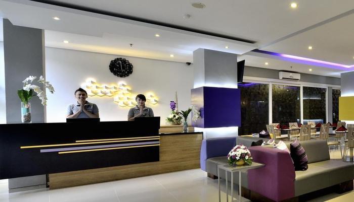 TOP Malioboro Hotel Yogyakarta - Resepsionis