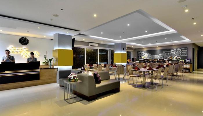 TOP Malioboro Hotel Yogyakarta - Lobi