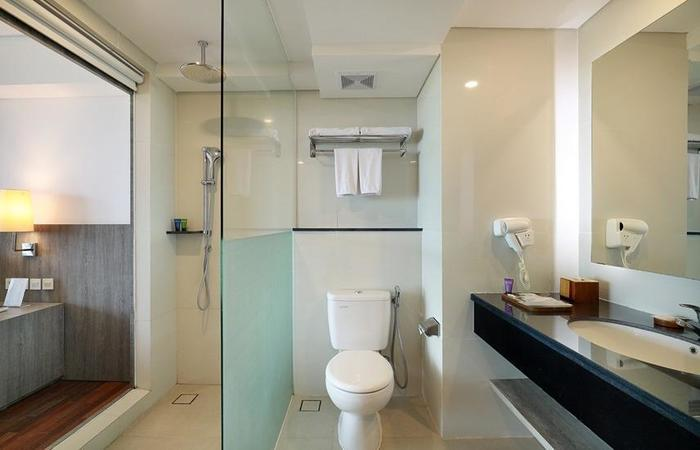 Aston Canggu Beach Resort Bali - Bathroom Superior Double