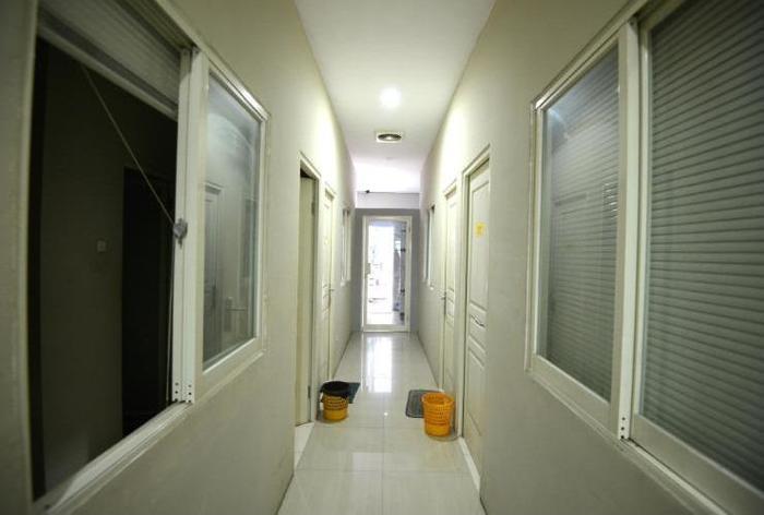 Oranje Gasthuis Siwalankerto Surabaya - Koridor