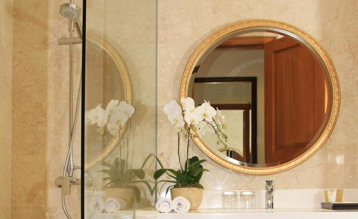 Hotel Ammi Cepu Blora - Bathroom