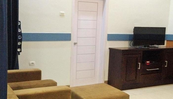 Wisma Ahlen Pangandaran Pangandaran - Sofa TV room