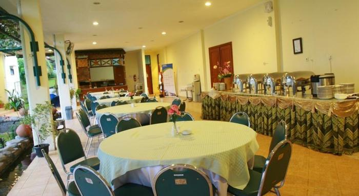 GDW Business Accomodation Bogor - Ruang makan