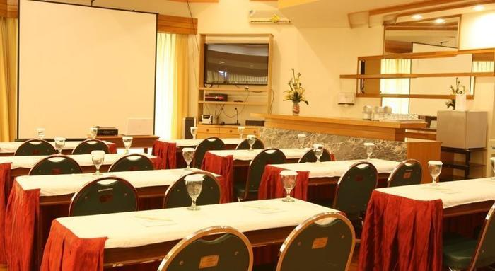 Ole Suites Cottage Bogor - Ruang Rapat