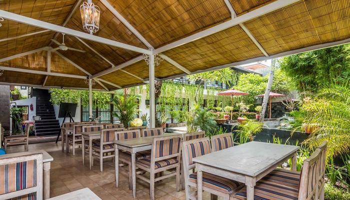 ZenRooms Seminyak Kunti Nuansa Bali - Restoran