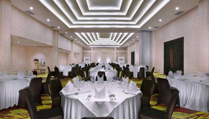 D'MAX Hotel & Convention Lombok - Ballroom