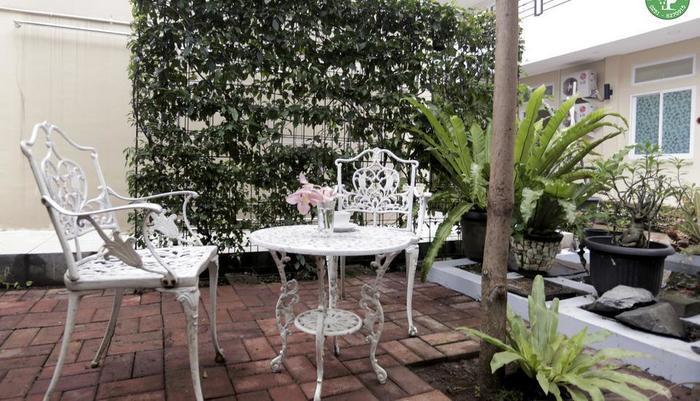 Bogor Homestay Bogor - garden