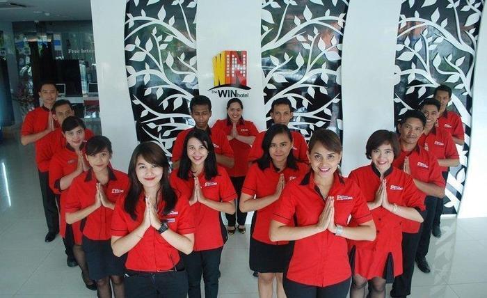 The Win Hotel Surabaya - Service