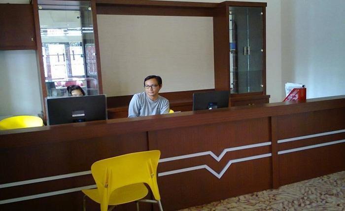Hotel Graha Bukit Palembang - Resepsionis