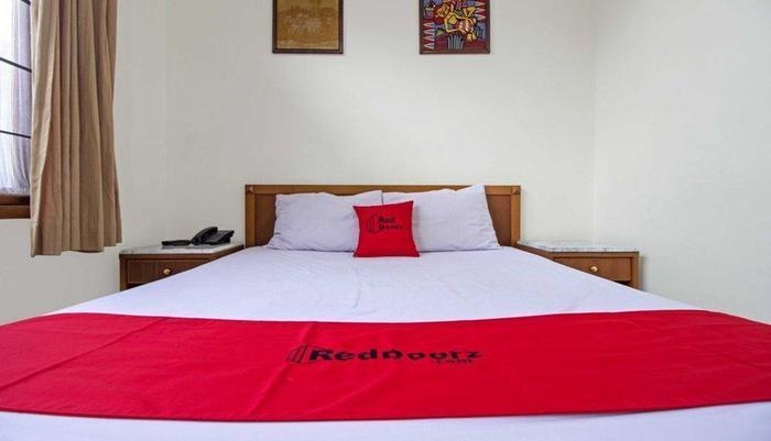 RedDoorz Near Rumah Mode Bandung - Kamar tamu