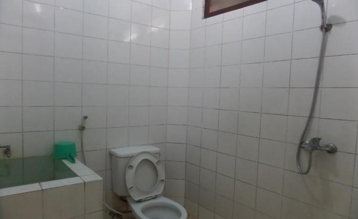 Sukapura Permai Hotel Problinggo - Kamar mandi