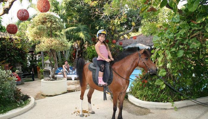 Melka Excelsior Hotel Bali - Horse Riding