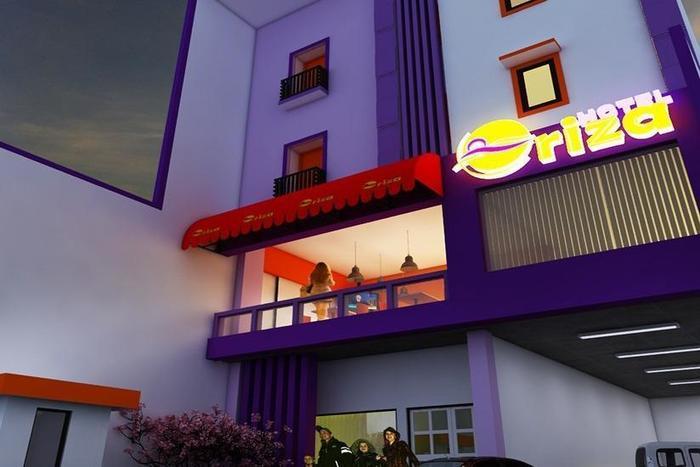 Hotel Oriza  Surabaya - Tampilan Luar Hotel