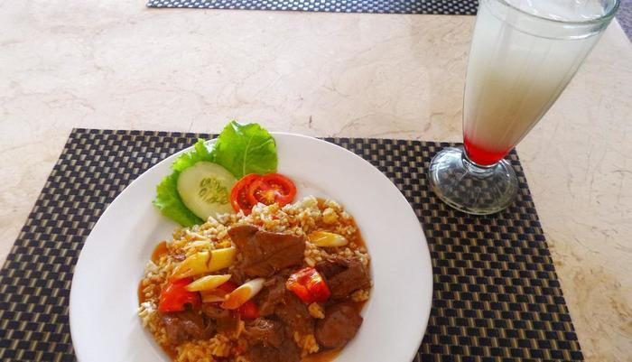 Hotel Banjarmasin Banjarmasin - Nasi tomat daging sapi