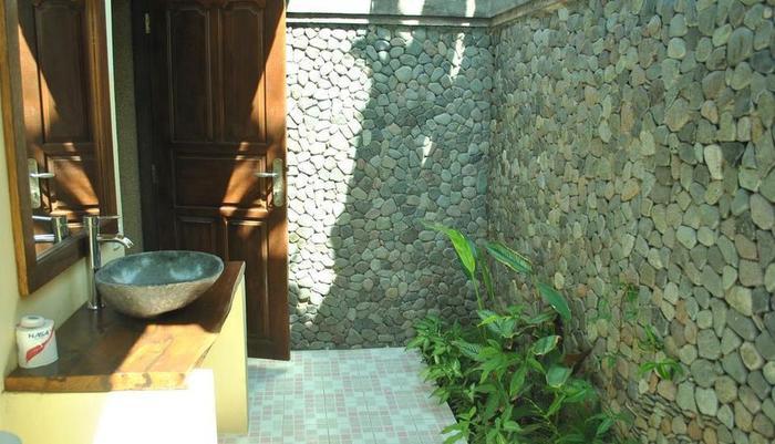 Pondok Rahayu Guest House Bali - Kamar mandi