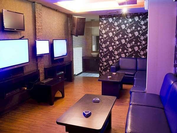 Hotel Pesona Permai Bekasi - Karaoke