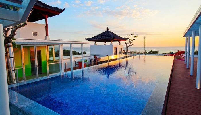 Best Western Kuta Beach  Bali - Kolam Renang