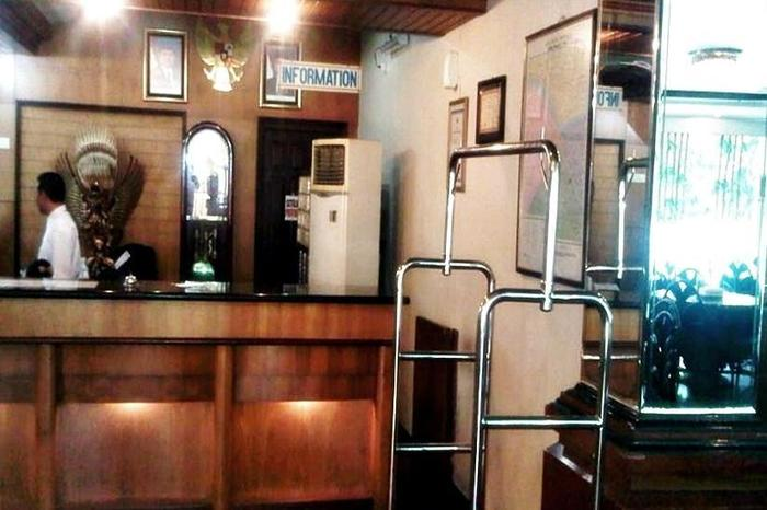 Hotel Merpati Pontianak - Resepsionis