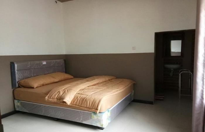 HTM Guesthouse Bromo Probolinggo - Room