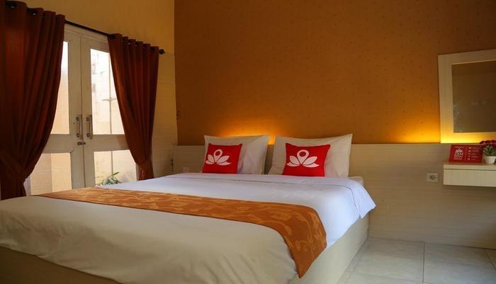 ZenRooms Denpasar Gelogor Carik 2 - Tempat tidur double