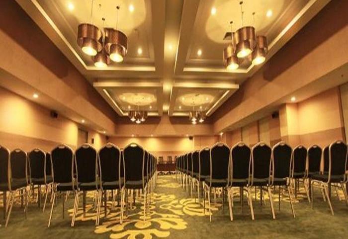 Pesonna Hotel Pekanbaru - Interior
