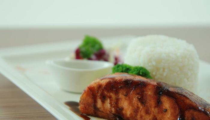Pesonna Hotel Pekanbaru - menu