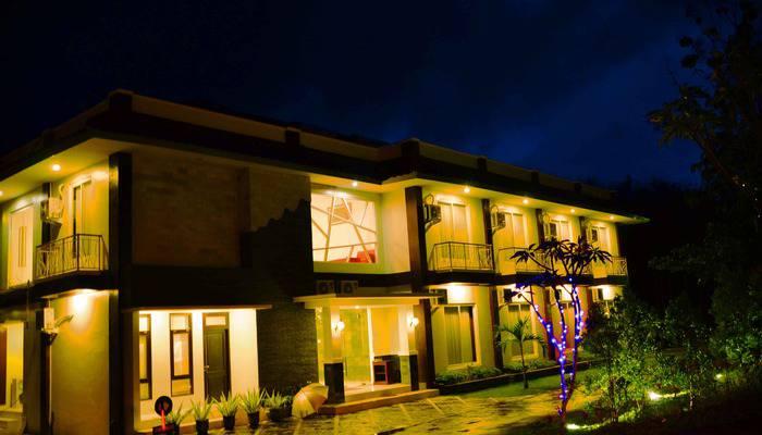 Hotel Orchid Wonosari - Tengah malam