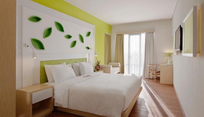 Max One Hotel Bandung - Warmth