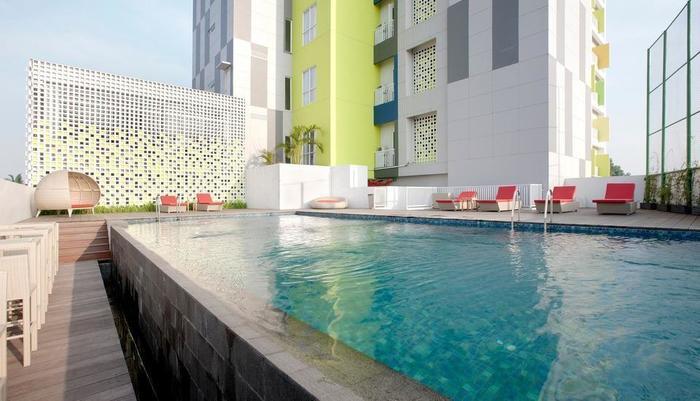 Max One Hotel Bandung - Kolam Renang