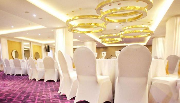 Shakti Hotel Bandung - Ballroom