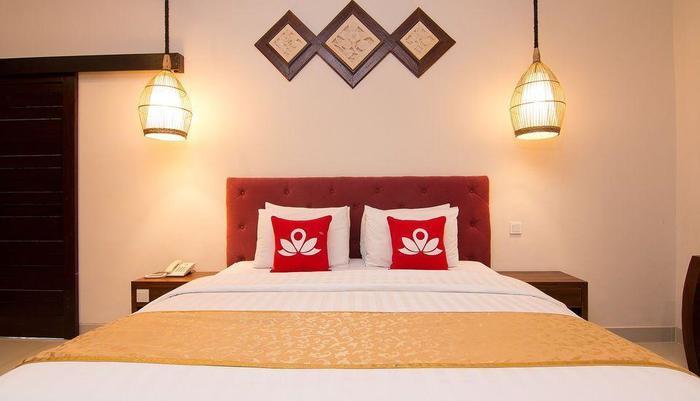 ZEN Premium Pegosekan Ubud 3 Bali - Tampak tempat tidur double
