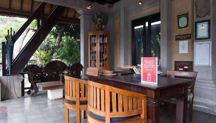 ZEN Premium Pegosekan Ubud 3 Bali - Resepsionis