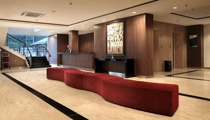 Core Hotel Yogyakarta - Loby