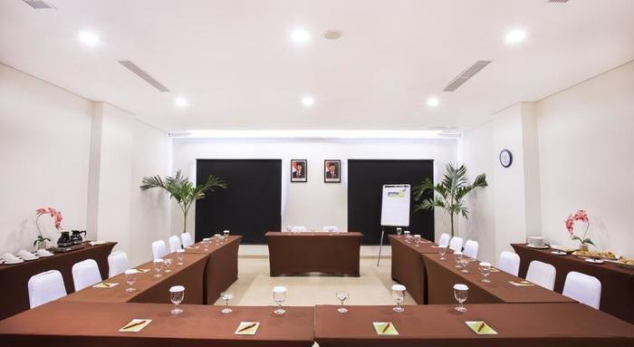 Primebiz Cikarang - Ruang Rapat