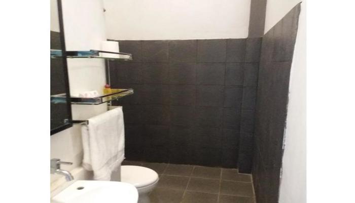 Artz Hotel Palangkaraya - Kamar mandi