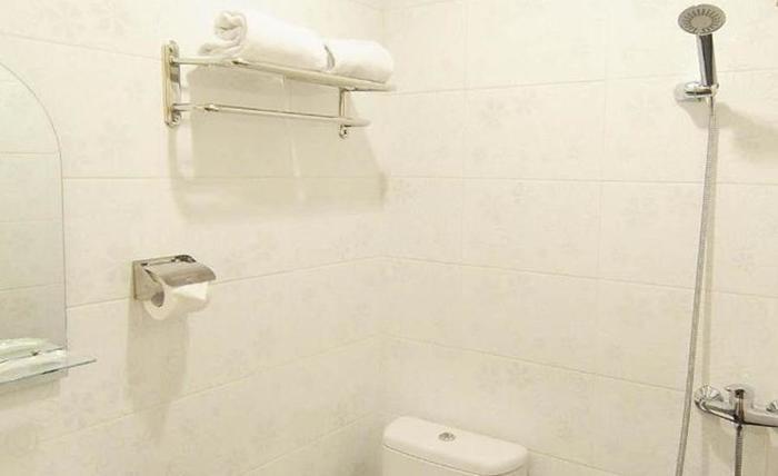 Blessing Hotel Palembang - Kamar mandi