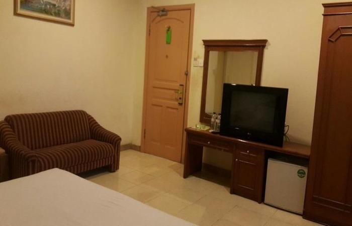 Hotel Harapan Makassar - Kamar tamu