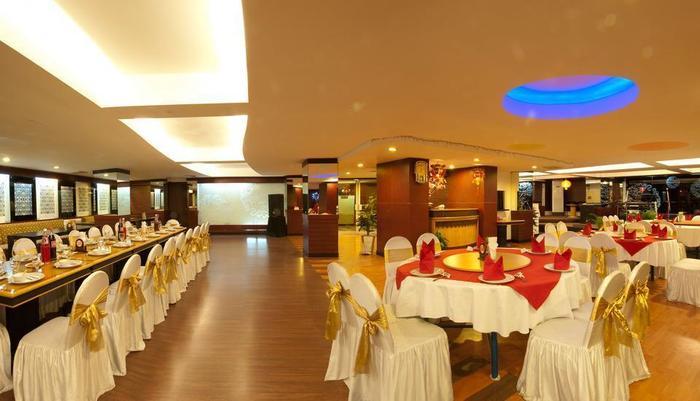 Hotel Asia Solo - Naga restoran