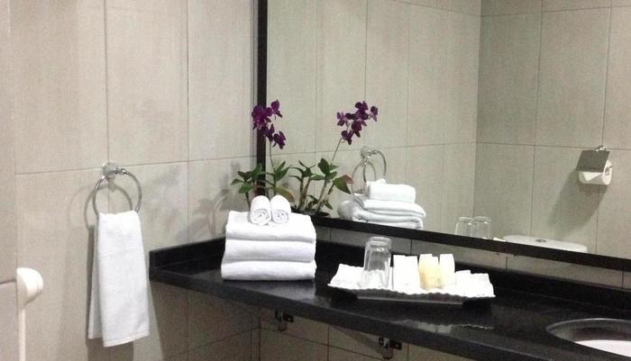 Safa Homestay Yogyakarta - Kamar mandi