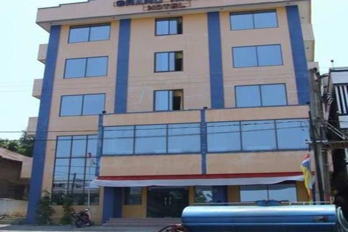 Grand Taufiq Hotel Tarakan - Tampilan Luar Hotel