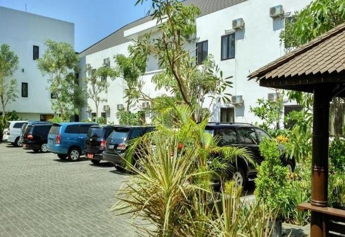 Hotel Transit Pasuruan - Eksterior