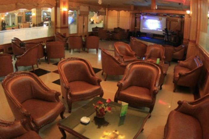 Hotel Madani Syariah Medan - Sisha Lounge